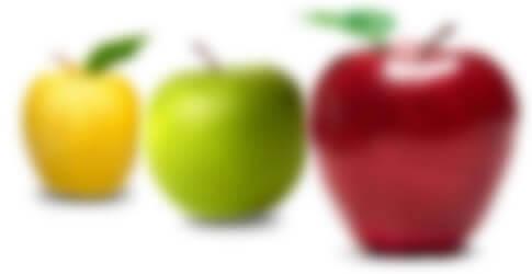 Las personas con astigmatismo tienen dificultada para ver tanto de lejos como de cerca. Las 3 manzanas en la imagen aparecen borrosas.