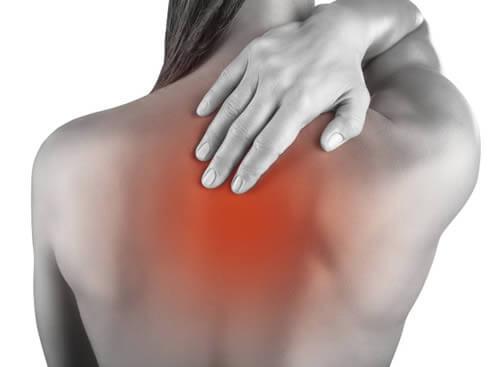 La mala posición al momento de usar un celular o Tableta puede ocasionar dolores musculares.