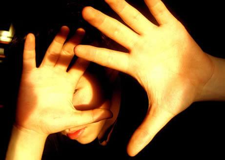 La fotofobia o el miedo a la luz, es una queja frecuente en la consulta oftalmológica.