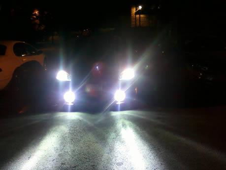 Una de las quejas más comunes son las de los conductores nocturnos, donde les incomoda el reflejo de los faroles de los carros.