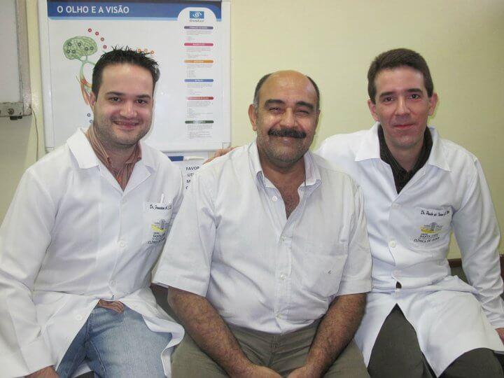Formación Profesional del Dr. Dacarett - Instituto de Olhos del Hospital Universitário São José