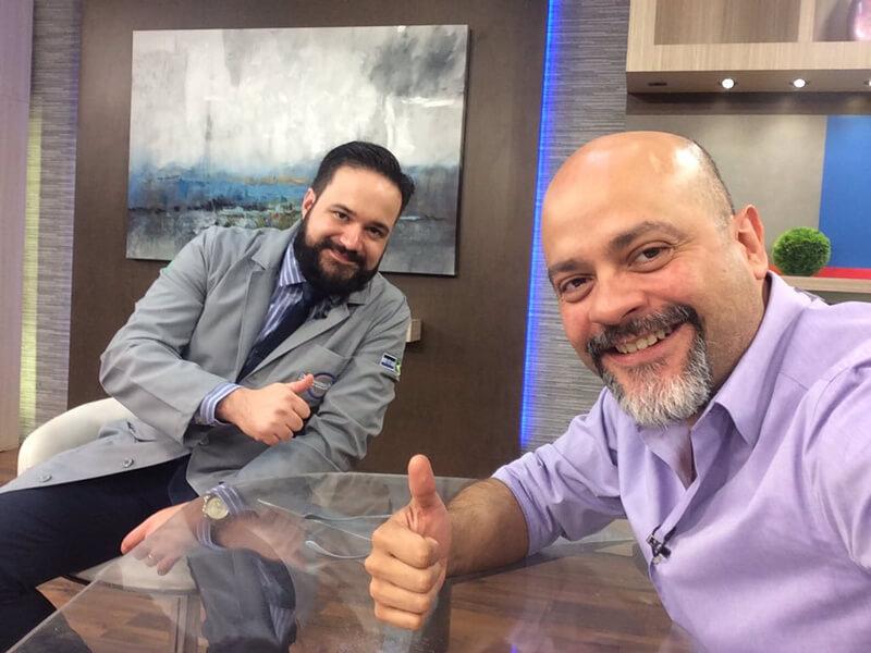 Programas Multiples en TEN Canal 10 Junto con el Dr Ochoa en la sección al Cuidado de tus Ojos.